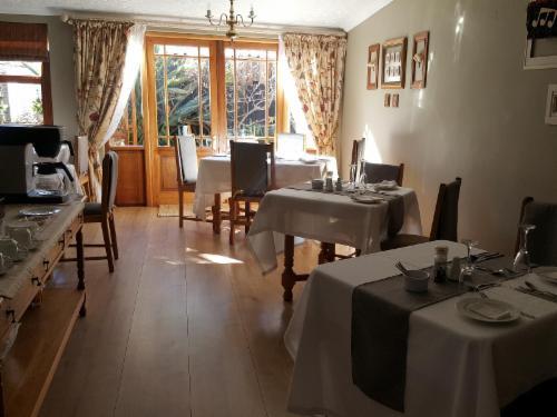 <p>La Pension Dining Room</p>